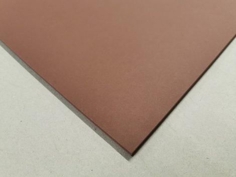 """Dekorációs karton anyagában színezett 50x70cm 220gr """"85"""" csokibarna 25ív/csg"""